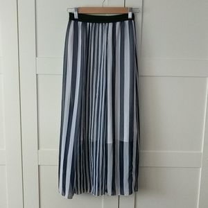 3/$25 Flowy Nautical Striped Maxi Skirt